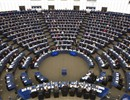 General view of the Plenary Chamber in Strasbourg from behind the Presidency. Hemicycle - © European Union 2015 EP